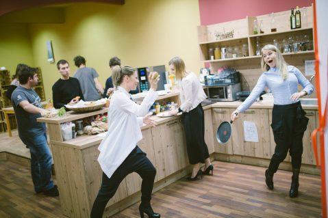 NAJEM MESTA V COWORKINGU ABC HUB Coworking v Ljubljani kitchen